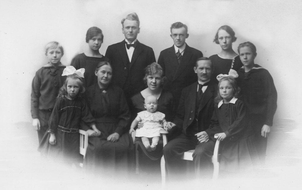 Birkholm Family c. 1925