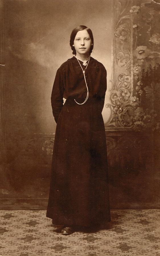Magda-1917-s